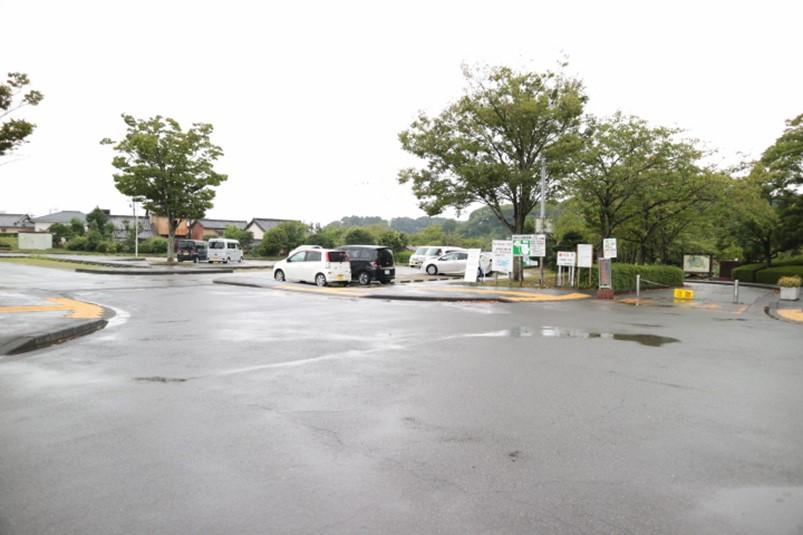 静岡県藤枝市蓮華寺池公園第1駐車場
