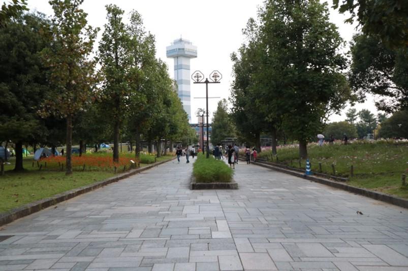 国営木曽三川公園公園センター北口付近