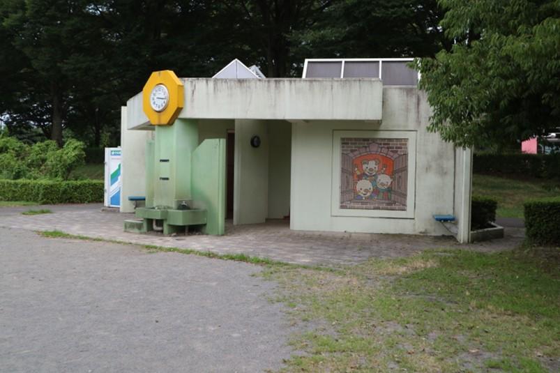 小山総合公園わんぱく広場のトイレ