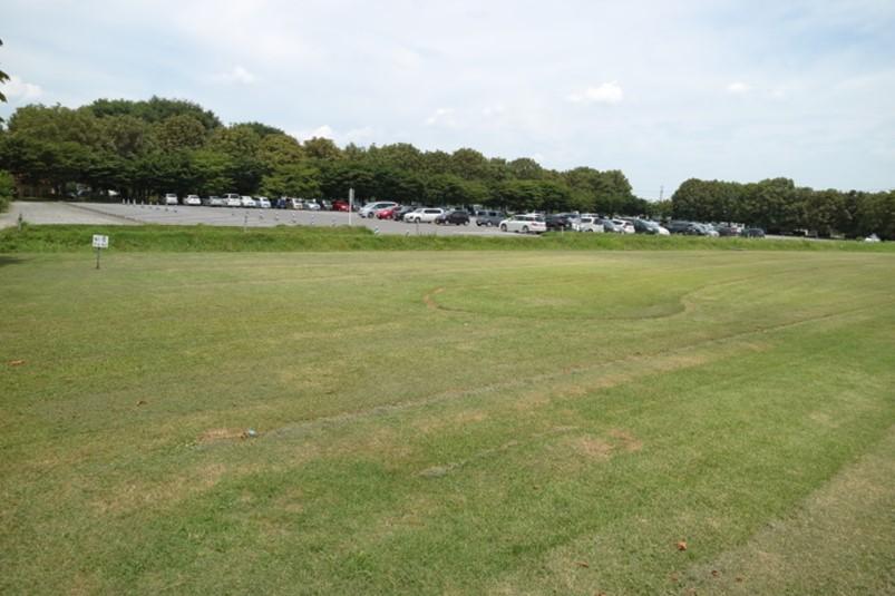 壬生町駐車場その2(北側、とちぎわんぱく公園正門付近228台)