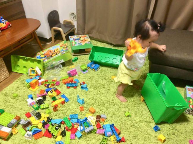 イライラしないワンオペ2歳差育児 オモチャの片づけをやめた 0歳 妹 下の子 掃除をやめた